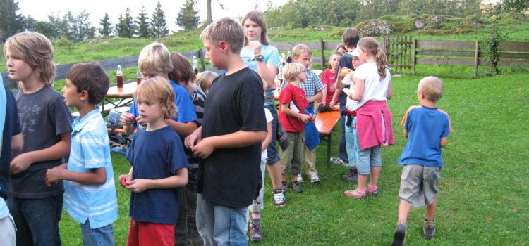 """Nachtwanderung am Donnerstag 27. August 2009 – Ferienprogramm """"Finsternis"""" 2009"""